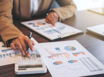 Motivos por los que contar con un asesor para tu empresa