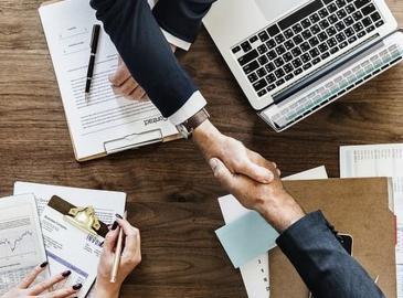 Cómo te beneficia tener un asesor en la creación de tu nueva empresa