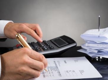 Acuérdate de pedir siempre la factura para poderte desgravar gastos