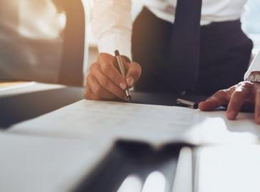 Cómo elegir gestoría administrativa